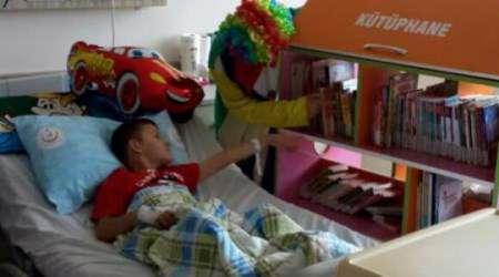 Hastanede Gezici Kütüphane hizmeti başladı